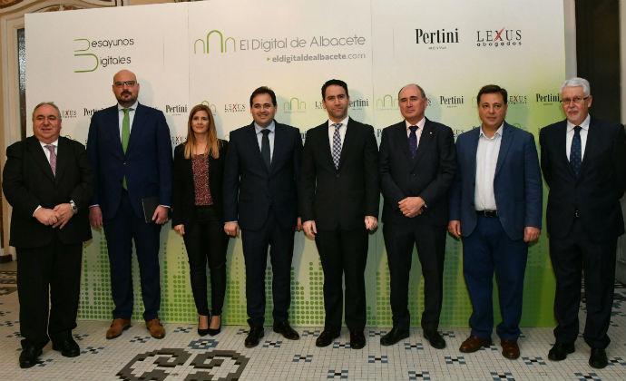 """Paco Nuñez anuncia que si el PP gobierna en Castilla La Mancha bajará los impuestos : """"un 33% menos en actos jurídicos documentados, elimina el de sucesiones y donaciones y acabará con el de hidrocarburos"""""""