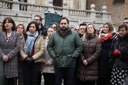 Paco Núñez traslada su firme y contundente condena hacia la violencia de género