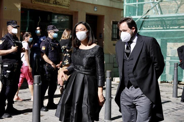 Paco Núñez asiste a la celebración del Corpus Christi en Toledo con el recuerdo a los más de 3.000 fallecidos por la pandemia en CLM