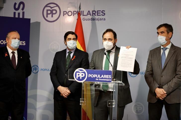 Paco Nuñez incide en que los nueve diputados nacionales del PSOE-CLM podrían haber evitado la aprobación de esta Ley con sus votos ayer en el Congreso