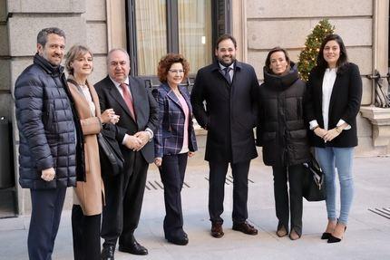 Paco Núñez exige al socialista Page que pase de las palabras a los hechos y no permita la investidura de Sánchez con el voto en contra de sus diputados nacionales