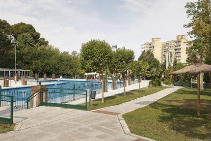 El PP exige a Page que dé instrucciones concretas para la apertura de piscinas y que no siga abandonando a los ayuntamientos a su suerte
