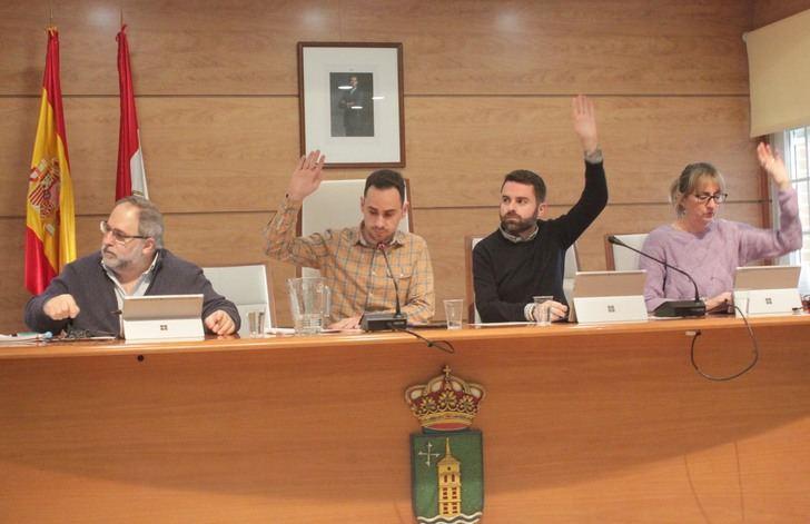 """El Pleno aprueba la creación de la figura de """"Cronista Oficial"""" de Cabanillas del Campo"""