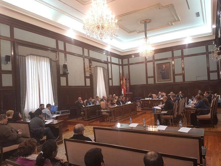 La Diputación de Guadalajara reitera su compromiso con el Parque de Bomberos de Sacedón, pero el PSOE se niega a pedir que la Junta de Page dote una partida presupuestaria para ello