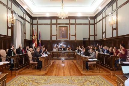 Pedro Sánchez traslada la petición de Vega de incluir Cafectados por la DANA en el decreto para paliar daños a los ministerios que lo gestionan
