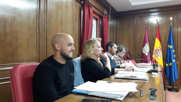 """""""El presupuesto municipal no responde a las necesidades de Azuqueca, sólo a las de un alcalde que quiere perpetuarse en el sillón"""""""