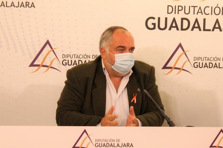 El PP revela que el PSOE no contempla en sus presupuestos el personal para el Parque de Bomberos de Sacedón