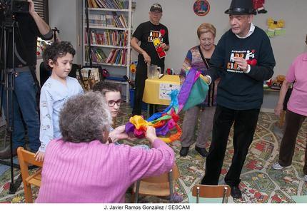 El profesor Potato y el mago Curro visitan el Hospital de Guadalajara
