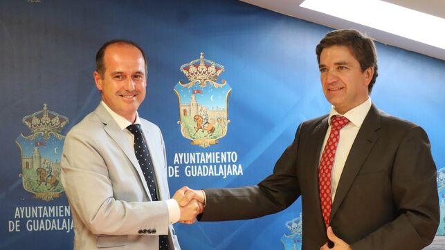 """El gobierno de Rojo (Psoe/Cs) lleva al Ayuntamiento de Guadalajara """"a tener que ser INTERVENIDO"""" por el Ministerio de Hacienda, según el PP"""