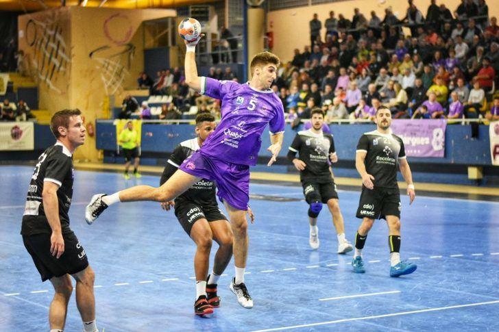 El Quabit BM Guadalajara vence y convence