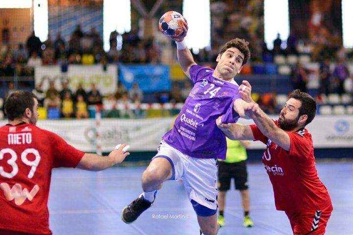 El Quabit BM Guadalajara cosecha su primera victoria en 2019