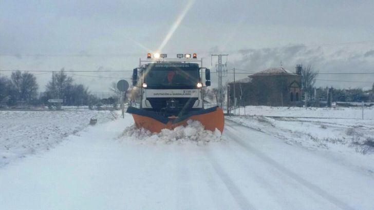 39 alumnos de Guadalajara se quedan sin poder ir al colegio por la nieve