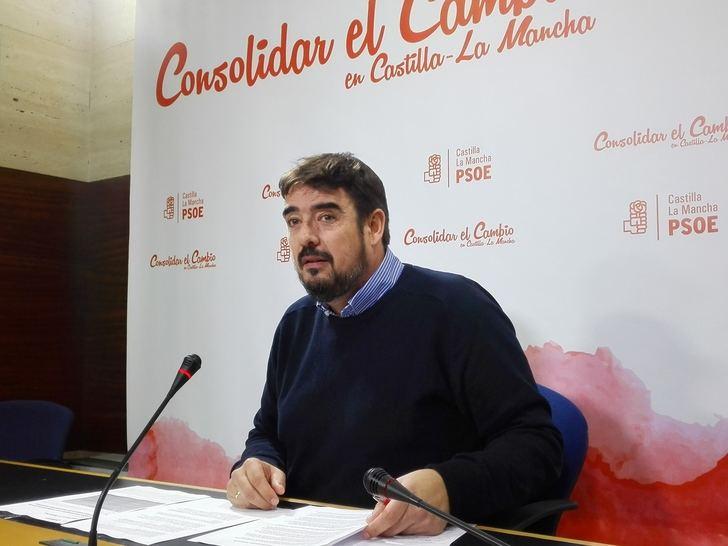 El PSOE de Guadalajara cree que Guarinos ha 'defenestrado' a Román y pide al PP 'cambie su forma de hacer política'