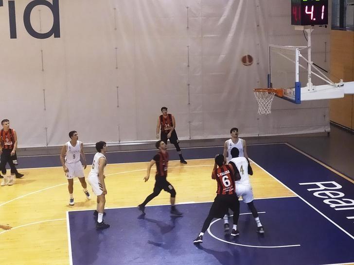 Un mal segundo cuarto condenó al Isover Basket Azuuqeca a la derrota en su visita a Valdebebas