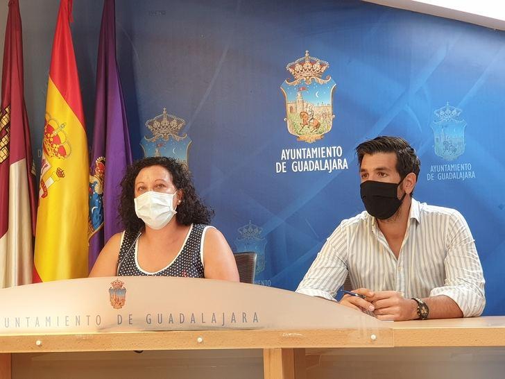 """Denuncian que el socialista Alberto Rojo """"deja a Guadalajara como la única ciudad de Castilla-La Mancha sin ayudas a las familias para la conciliación"""""""