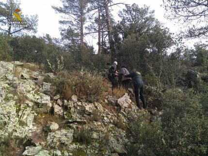 La Guardia Civil localiza a una persona extraviada cuando buscaba setas en la serranía conquense