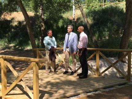 Román recuperará dos tramos más de la ribera del río Henares e instalará una pasarela entre La Chopera y Avenida Pedro Sanz Vázquez