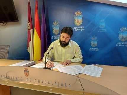 AIKE denuncia que el equipo de gobierno de PSOE y Ciudadanos del Ayuntamiento de Guadalajara