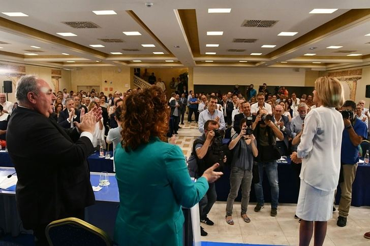 Riolobos, presidenta del Congreso Extraordinario del PP que decidirá la sucesión de Cospedal