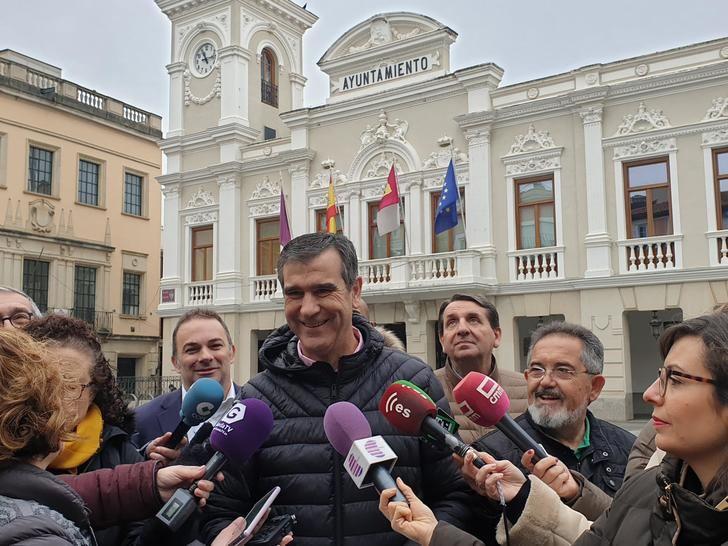 """Román: """"La Comisión del Mercado ha dejado claro que no hay delito ni infracción, solo el objetivo de Alberto Rojo de tapar su inacción"""""""