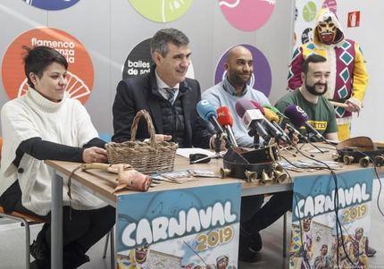 Antonio Román presenta el programa del Carnaval 2019 de Guadalajara que incluye como novedad la participación de las peñas de la ciudad