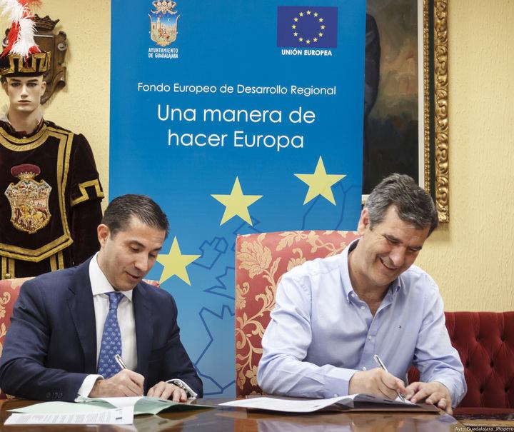 El Ayuntamiento de Guadalajara y Rehacsa suscriben el contrato para la remodelación del Mercado de Abastos