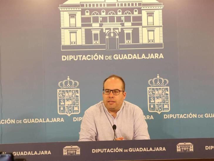 La Diputación de Guadalajara comienza a abastecer de agua a varios pueblos de la provincia