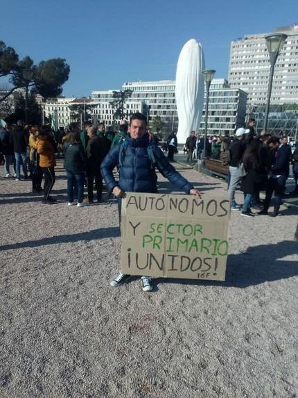 Unión histórica de todos los autónomos del transporte y de todo el Sector Primario para convocar un PARO NACIONAL el 24 de Febrero