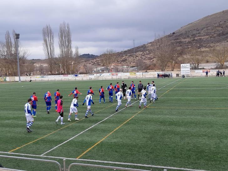 El CD Sigüenza se impone por 2-0 al Optense, un rival directo