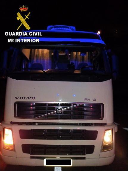 La Guardia Civil de Toledo investiga a una persona por manipular el tacógrafo de su vehículo