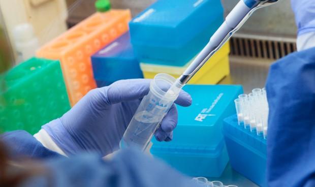 De los 217 nuevos casos de coronavirus (163 ayer) detectados este miércoles en la CLM, 52 (39 ayer) son de Guadalajara que registra TRES nuevas defunciones por Covid 19