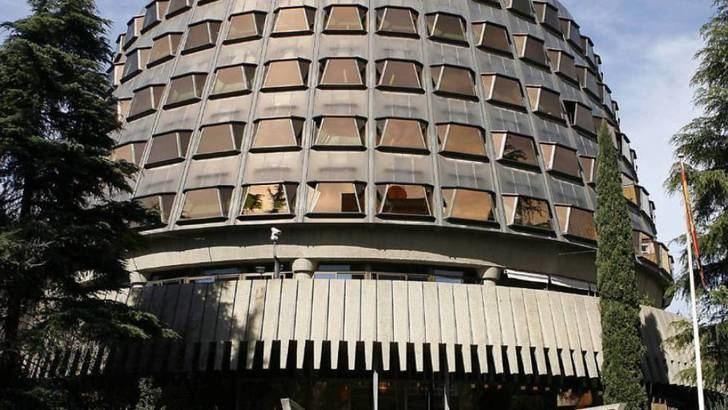 El Tribunal Constitucional admite a trámite el recurso presentado por 50 senadores 'populares' contra las cuentas públicas de la Junta de Page