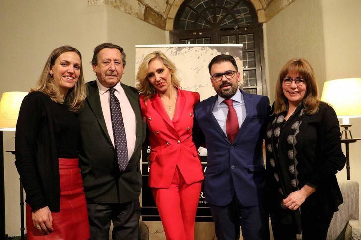 """Alfonso Ussía protagonizó en el Parador la primera Velada Literaria de 2020, """"Sigüenza ya debería ser Patrimonio de la Humanidad"""""""