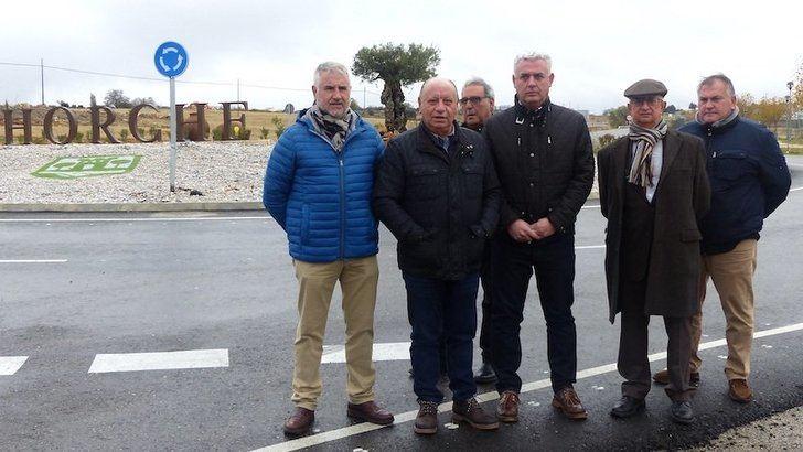 Inauguradas en Horche dos primeras glorietas construidas en la red de carreteras