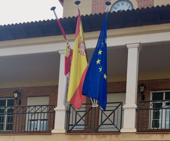 """Denuncian en Villanueva de la Torre """"posibles subvenciones encubiertas de la alcaldesa"""""""