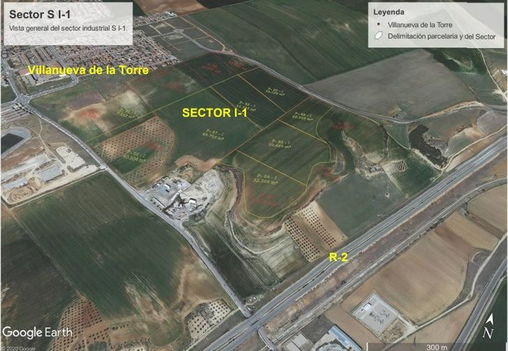 El consejero de Fomento muestra su disposición favorable a la creación de un polígono industrial en Villanueva de la Torre
