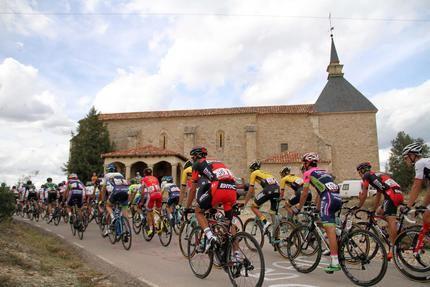 La Vuelta Ciclista 2019 pasará por Sigüenza, con televisión en directo