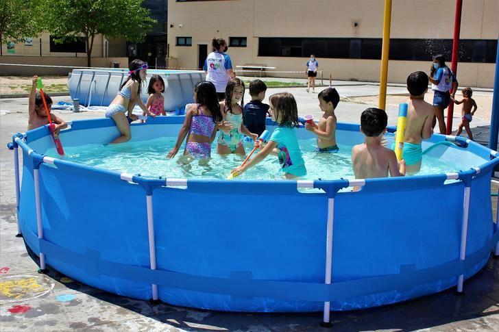 Casi un centenar de niños de 4 a 12 años se divierten en los Campamentos Urbanos de Verano de Yebes