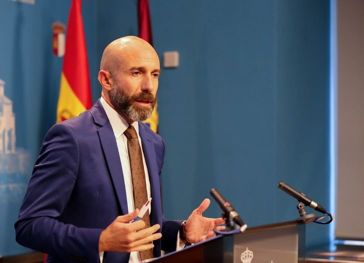 """Ciudadanos denuncia los """"dedazos"""" en la Junta socialista de Page tras la creación de 117 puestos de libre designación"""