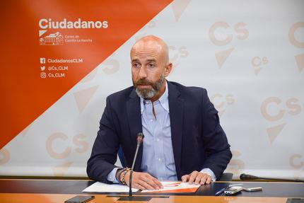 """Zapata (Cs) : """"la sociedad castellanomanchega necesita saber las medidas que la Consejería de Sanidad ha tomado para el brote de listeriosis"""""""