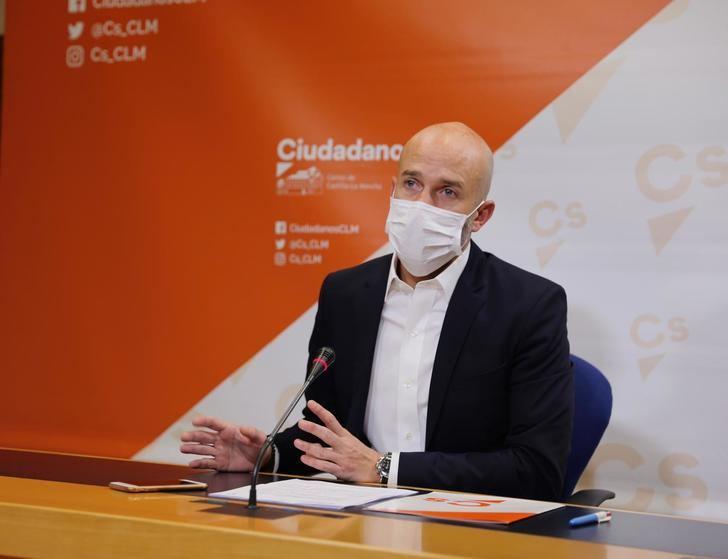 """Cs pide a Page aclararse: """"Por qué en Castilla-La Mancha el PSOE defiende una Ley antiocupación y luego en el Congreso la votan en contra sus diputados nacionales"""""""