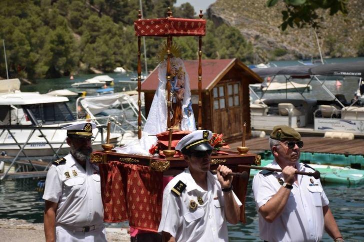 Almonacid de Zorita celebró este sabado la XIX edición de la Procesión Marinera Lago de Bolarque